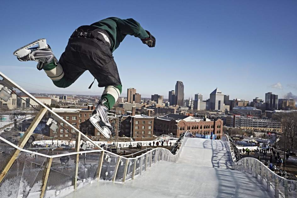 Entrenamiento para el Red Bull Crashed Ice 2015