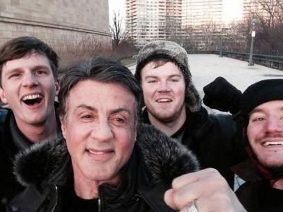 Stallone y unos fans
