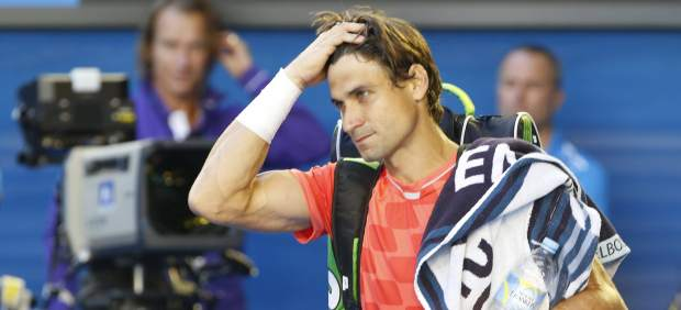 David Ferrer se marcha del estadio tras perder contra Nishikori