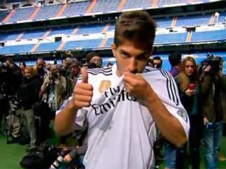 El Real Madrid presenta a Lucas Silva