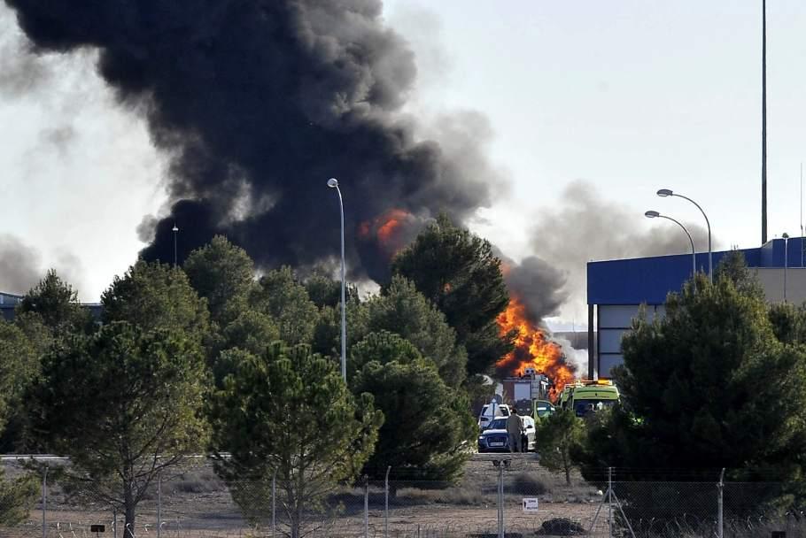 Avión F-16 que causó la muerte de 11 personas sufrió avería al despegar