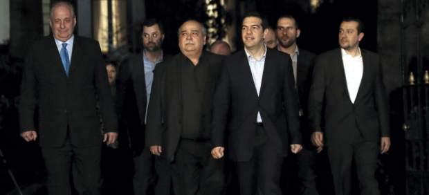 "El Gobierno de Tsipras: ""Le deseamos buen apetito a Merkel, pero no se va a comer a Grecia"""