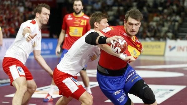 España doblega a Dinamarca en el último segundo y avanza a las ...