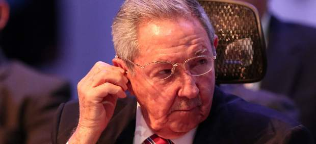 Raúl Castro exige que cese el bloqueo de EE UU a Cuba