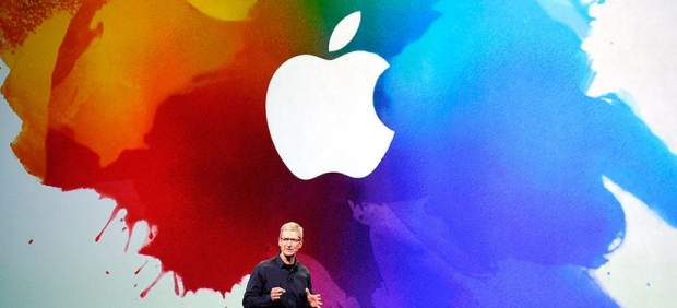 """Apple lanza oferta de deuda multimillonaria que incluye """"bonos ecológicos"""""""