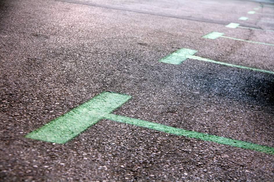 Barcelona quiere que los vigilantes de la zona verde y for Oficina area verda barcelona