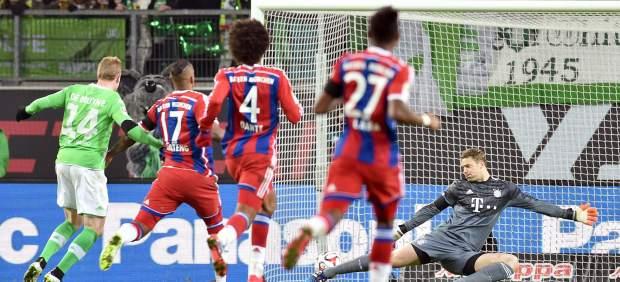 El Wolfsburgo golea al Bayern y reanima la Bundesliga