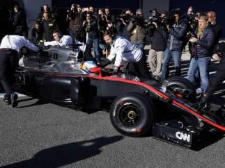 Alonso estrena coche