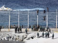 Imagen de archivo de la valla que separa Ceuta de Marruecos.