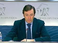Hernando valora la subida de Podemos
