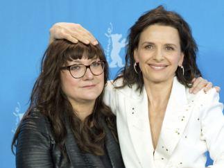 Isabel Coixet y la actriz francesa Juliette Binoche en la Berlinale