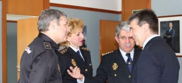 Nace la oficina del polic a para mejorar la satisfacci n y motivaci n de los agentes - Oficina del policia ...