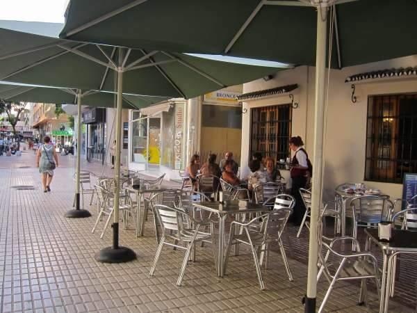 Los bares con terrazas crecen en palacio de deportes - Bares en ronda ...