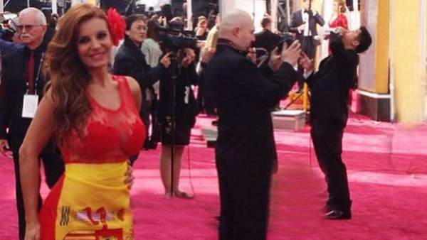 Sonia Monroy revoluciona las redes con su supuesta 'expulsión' de la alfombra roja de los Oscar