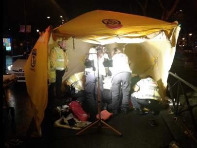 el Samur recupera al joven que había entrado en parada cardiorrespiratoria tras un atropello en el Paseo del Prado