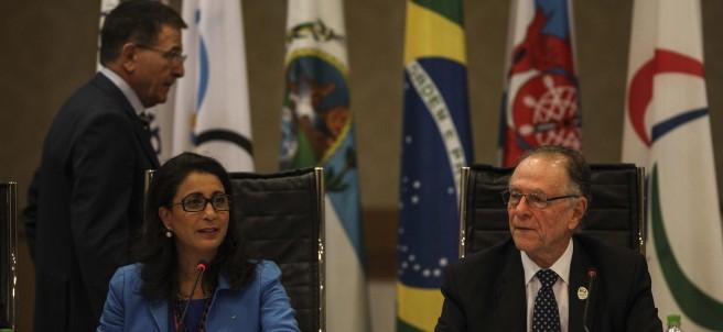Nawal El Moutawakel y Carlos Arthur Nuzman