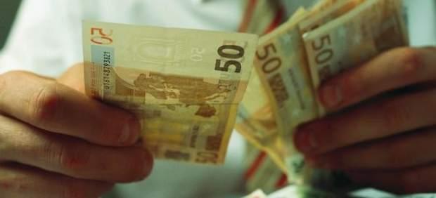 El Banco de España constata el frenazo económico y advierte sobre la incertidumbre política