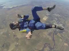 Rescatado en pleno salto tras desmayarse