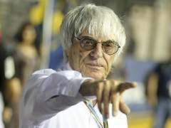 """Ecclestone: """"La patada de Rossi a M�rquez hubiera sido de bandera negra en F1"""""""