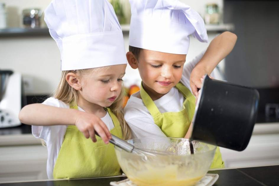 Cocinando con los ni os recetas para hacer con los m s for Cocinar con 20 soles