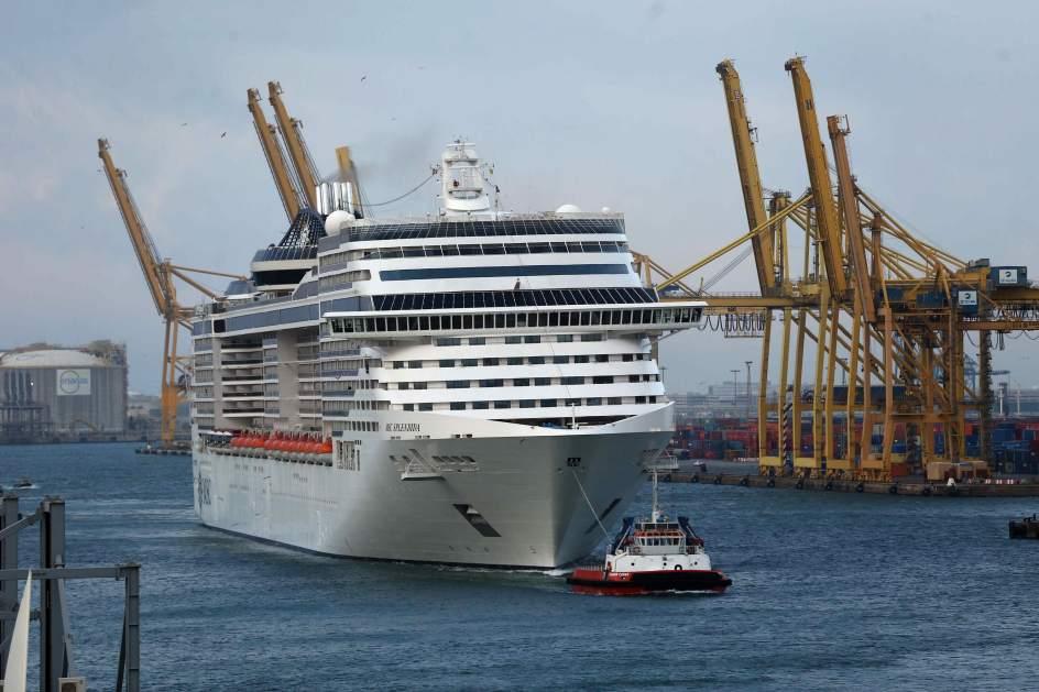 Llega a Barcelona el crucero de Túnez
