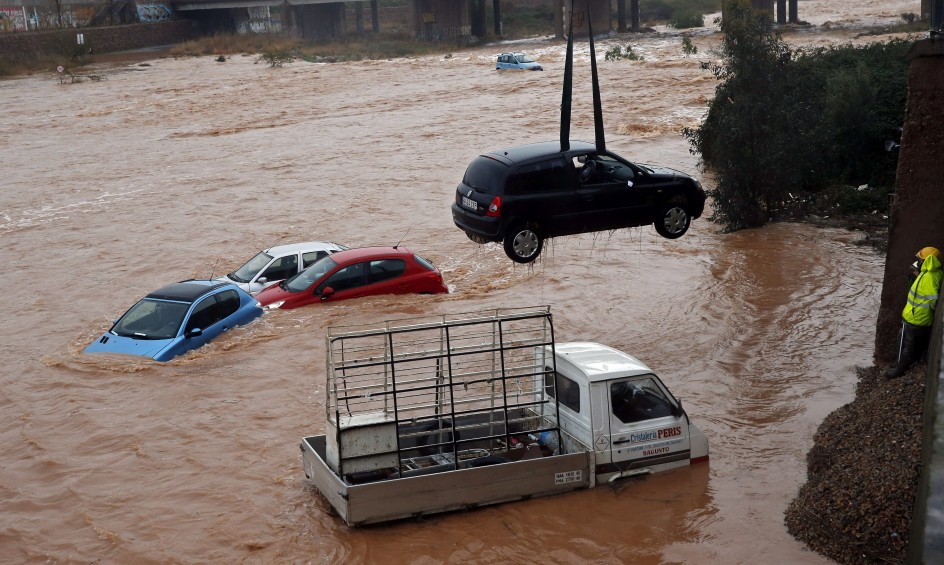 Intensan lluvias en Valencia