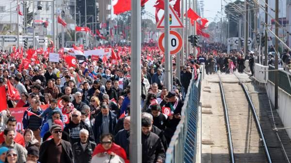 Marcha contra el terrorismo en Túnez