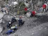 Recuperación de restos del avión siniestrado