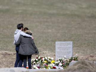 Homenaje de las familias a las v�ctimas