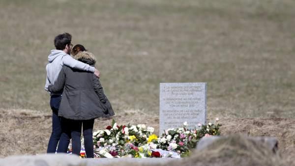 Homenaje de las familias a las víctimas
