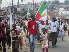 Nigerianos celebran la victoria en las elecciones de Muhammadu Buhari