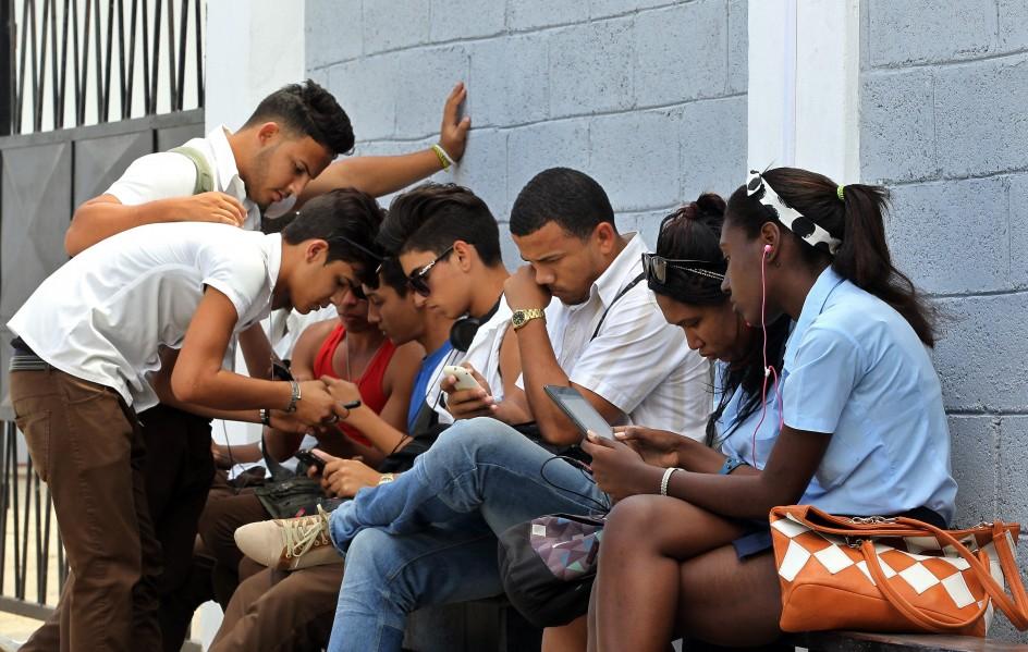 Primer punto Wi-Fi gratuito en Cuba