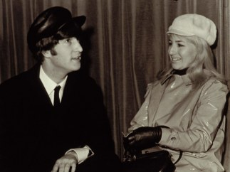 John Lennon y Cynthia