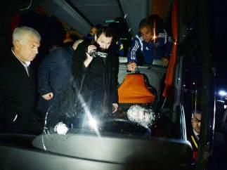 Tirotean el bus del Fenerbahçe