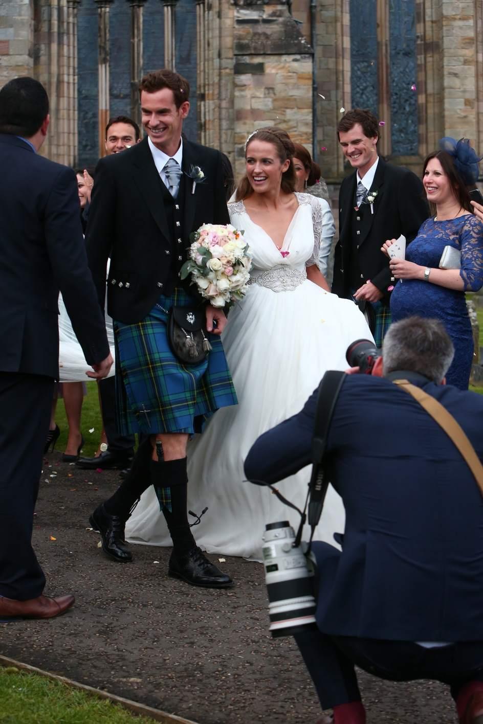 Matrimonio In Kilt : Andy murray se casa en su pueblo y con el kilt escocés