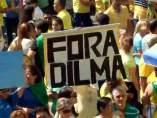 Brasil sale a la calle contra Rousseff