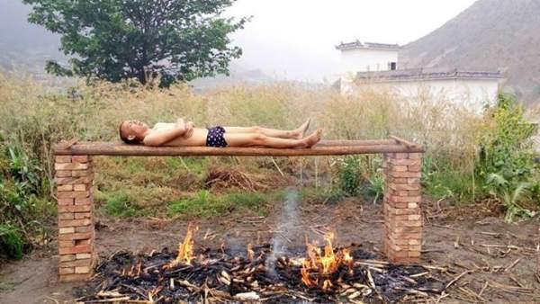 """Un chino intenta curar su cáncer mediante una """"parrilla humana"""""""