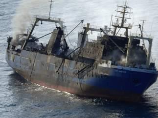 Pesquero ruso incendiado Oleg Naidenov
