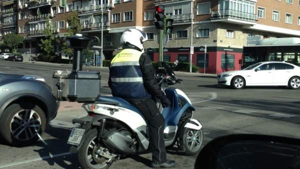 Moto del Servicio de Estacionamiento Regulado.