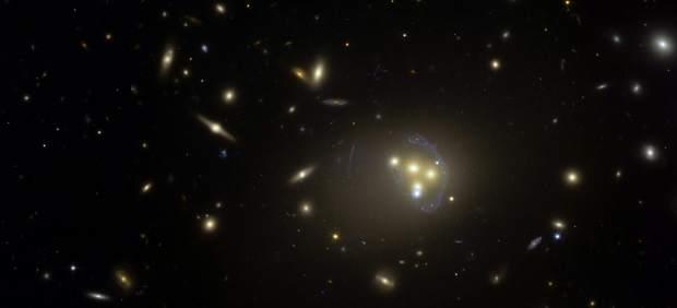 Comportamiento insólito de la materia oscura