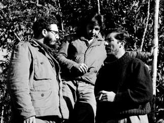 Enrique Meneses, Fidel y Raul Castro