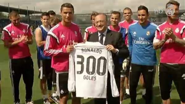 Ver v�deo Homenaje a Cristiano por sus 300 goles