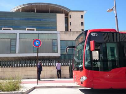 La línea U3 ya para en el nuevo hospital del PTS.
