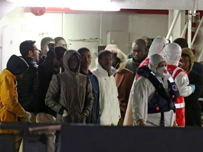 Supervivientes del naufragio frente a Libia
