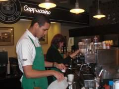 Una empleada de Starbucks con dislexia gana una demanda por discriminación