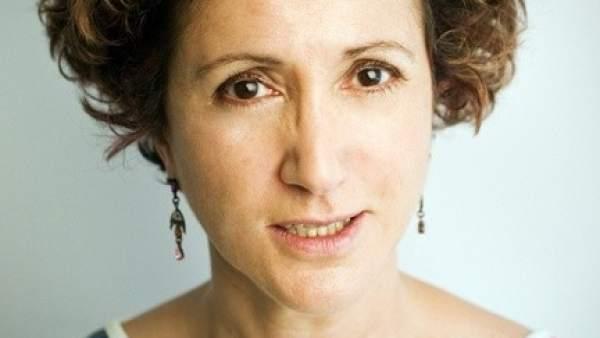 Ana R. Cañil