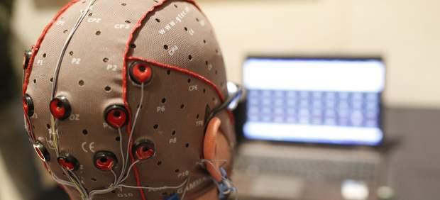 Un chip permitirá curar enfermedades y escribir con la mente