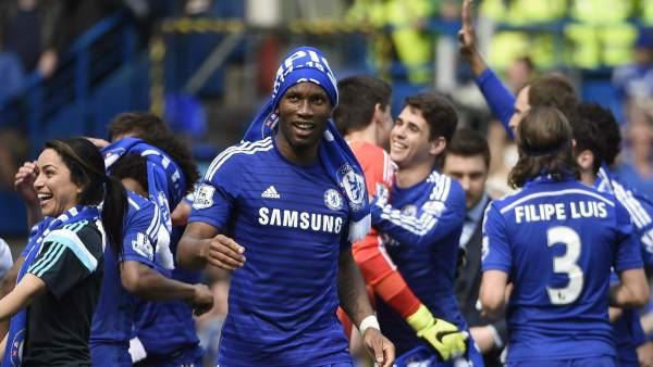 Mourinho lleva al Chelsea a su quinto título de la Premier