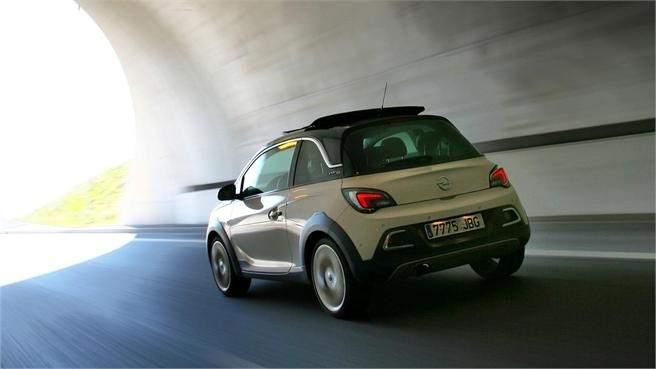Opel Adam Rocks 1.0 Ecotec 115 CV