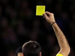 Un árbitro finaliza un partido alegando que hacía mucho frío